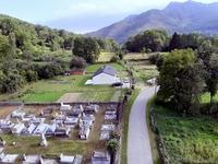 Cimetière à l'Entrée du village (photo prise à partir d'une nacelle)  - Juil 2020 (GL)