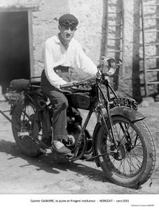 Casimir Gabarre, le jeune et fringant instituteur - Norgeat vers 1931 - Collection François Gabarre