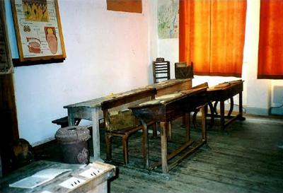 Salle de classe de l'école de Norgeat - Journées du Patrimoine - Septembre 1999 - GL